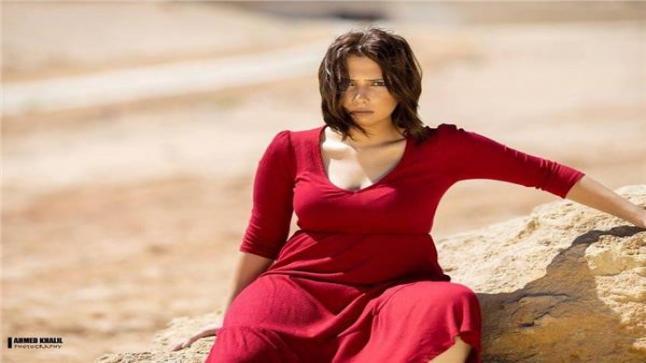 الفنانة أيمي إسلام تبدأ تصوير فيلم سوء الرجالة