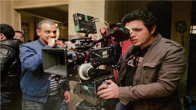 تامر محسن ينشر صورة من مسلسل بدون ذكر أسماء