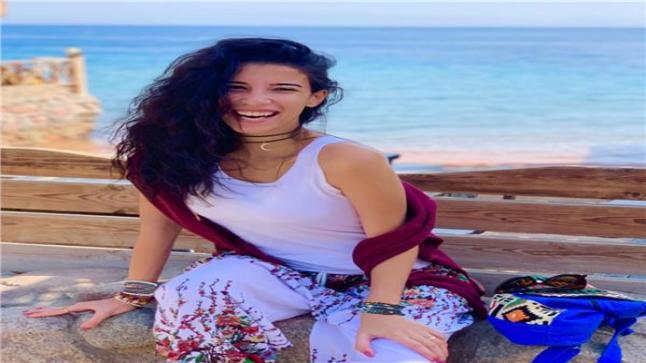 فاطمة كامل تشارك في فيلم الكاهن للفنان هاني سلامة والفنانة درة